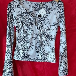 Guess floral top